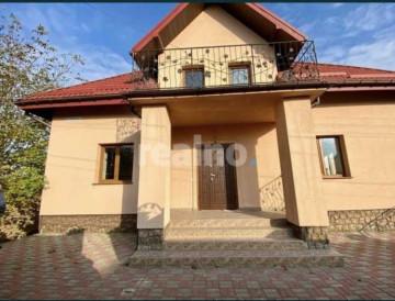 Новозбудований будинок з ремонтом