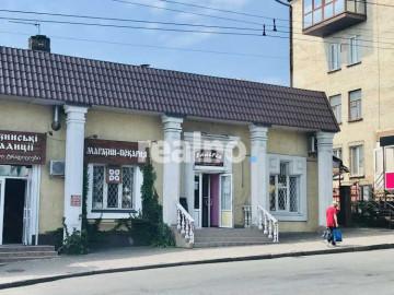 Продам фасадне приміщення Пивзавод